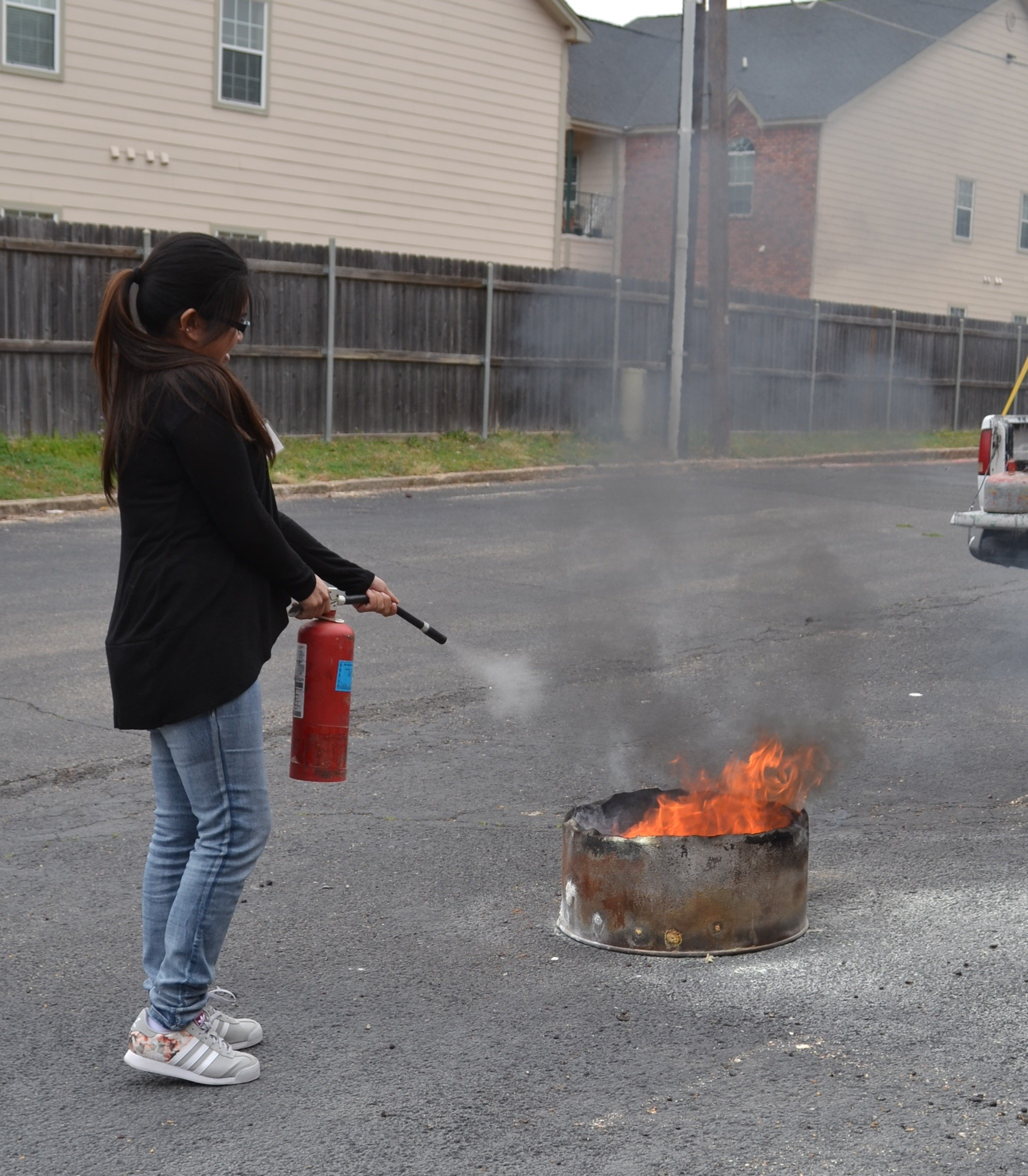 Firefighters know how to extinguish a fire 5